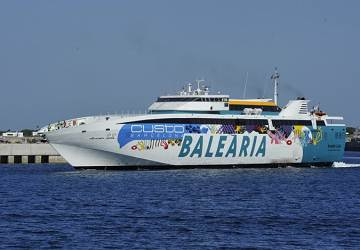 balearia_ramon_llull_side