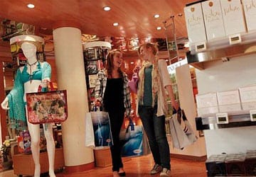 brittany_ferries_bretagne_clothes_shop