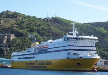 Corsica sardinia ferries mega express four ferry review and ship guide - Port toulon corsica ferries ...