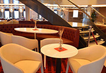 golden_star_ferries_superferry_tables