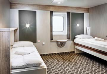 irish_ferries_wb._yeats_accessible_cabin