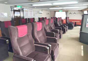 nankai_ferry_katsuragi_brown_recliner