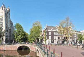 45% off mini cruises to Amsterdam